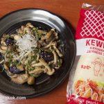 たっぷりキノコのメニューピリ辛味噌マヨ炒め