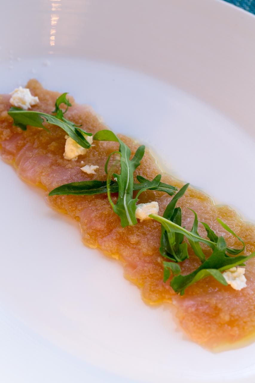 「Luke's 刺身」近海で獲れた新鮮な魚の刺身をジンジャーとチーズで頂きます