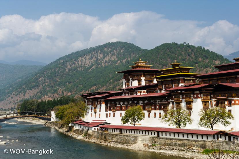 ブータンで2番目に建設されたと言われるプナカ・ゾンの外観