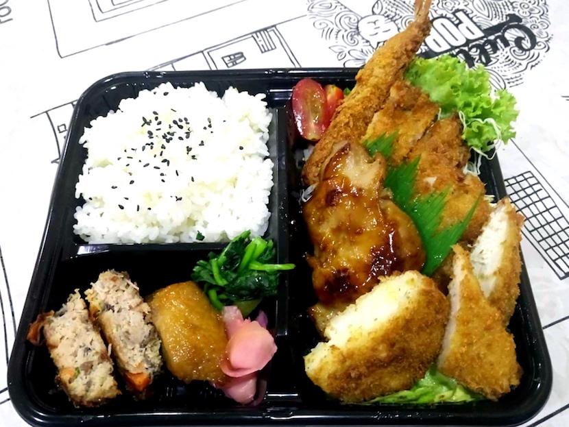 お父さんの鶏照焼弁当 by トンカツさくら 200バーツ