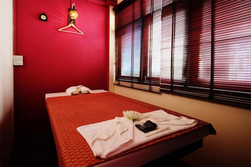 Happiness Massage & Spa