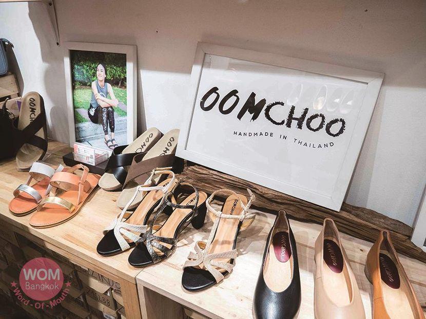 Oomchoo Sandals