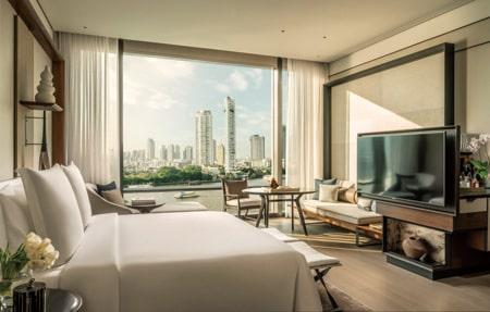 バンコク最新ホテルガイド FOUR SEASONS HOTEL BANGKOK AT CHAO PHRAYA RIVER